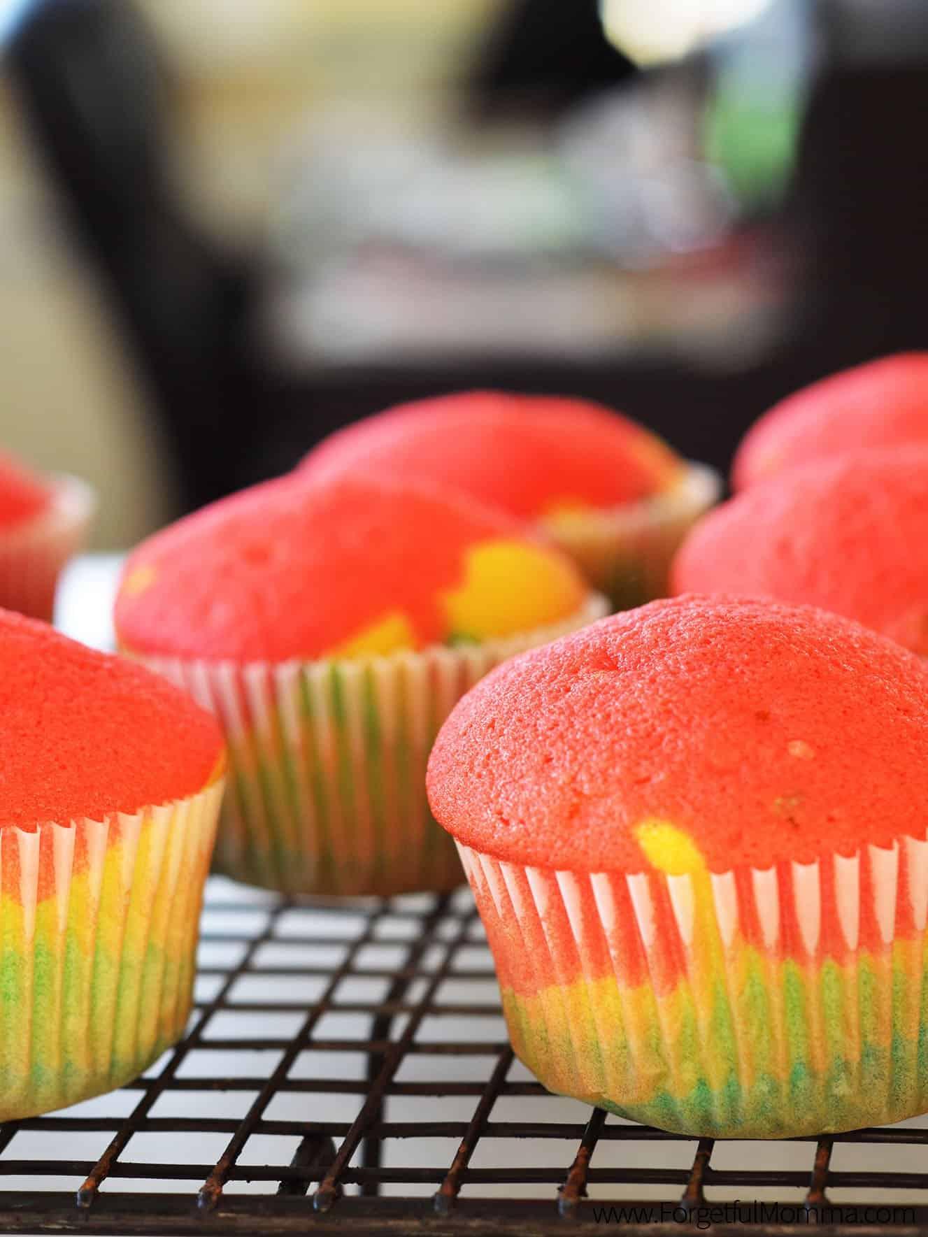 St. Patrick's Day - Rainbow Cupcakes