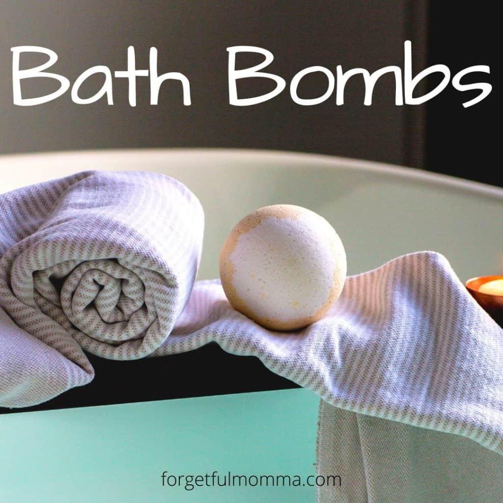 DIY bath bomb recipes - tub